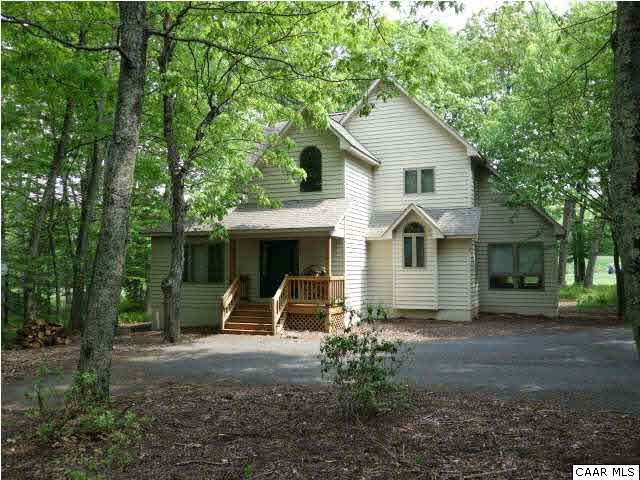 Property for sale at 326 LAUREL SPRINGS DR, Wintergreen,  VA 22958