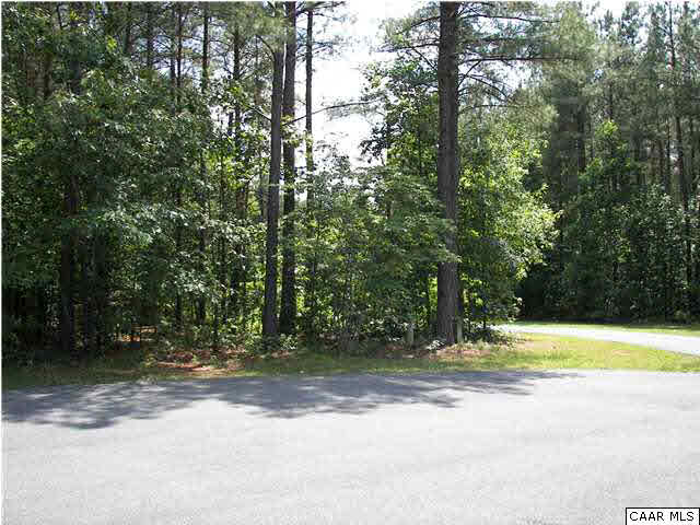 Property for sale at 9 MERRY OAKS LN, Palmyra,  VA 22963