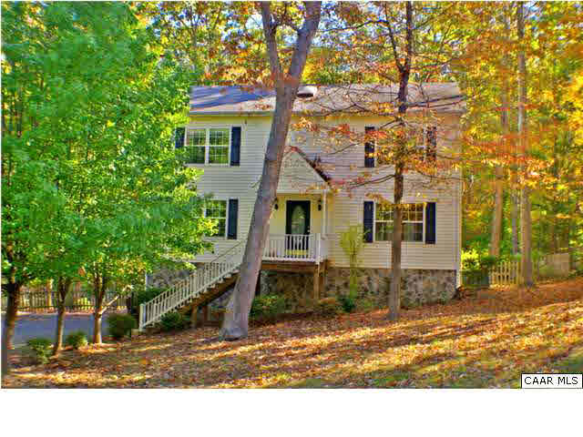 Property for sale at 17 CHIPPEWA LN, Palmyra,  VA 22963