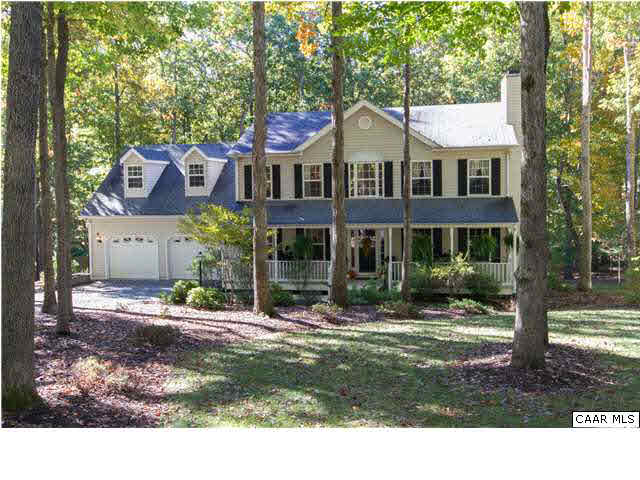 Property for sale at 42 OAK GROVE RD, Palmyra,  VA 22963