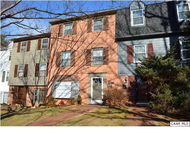 Property for sale at 13 GEORGETOWN GREEN, Charlottesville,  VA 22901