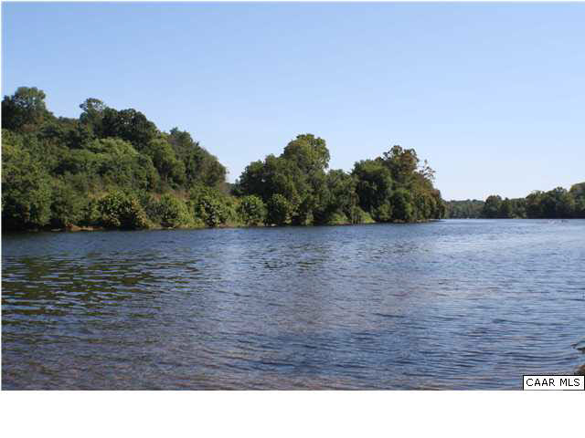 Property for sale at 138 DUNGANNON LN, Howardsville,  VA 24562