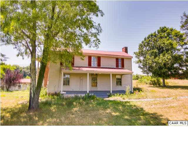 Property for sale at 573 STAGE JUNCTION RD, Columbia,  VA 23038