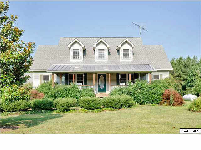 Property for sale at 5540 ROLLING RD, Scottsville,  VA 24590